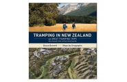 Tramping in New Zealand - Book