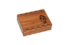 Manaia Business Card Holder